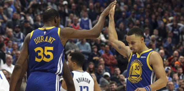 Golden State Warriors, Denver Nuggets'a fark attı